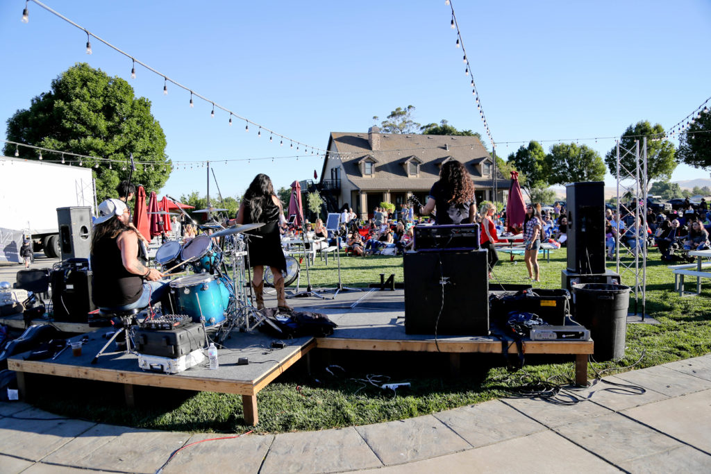 Campos Family Vineyards - Live Music