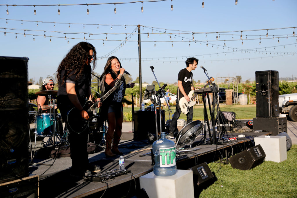 Campos Family Vineyards - Live Concert